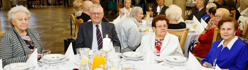 Dzień Seniora: świętowali najstarsi mieszkańcy Kliknięcie w obrazek spowoduje wyświetlenie jego powiększenia